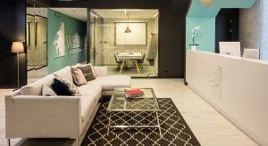 Nowe, komfortowe biura Westwing Home&Living to efekt pomyślnej współpracyfirmy zpracownią architektoniczną JMW Architekci z Warszawy. Niedawnomiędzynarodowy koncern zajmujący się sprzedażą mebli i artykułów wyposażenia wnętrz p