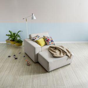 Panele podłogowe Querra dąb piaskowy. fot. Vox