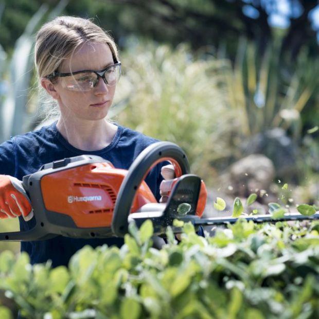 Narzędzia ogrodowe - zalety rozwiązań z akumulatorem