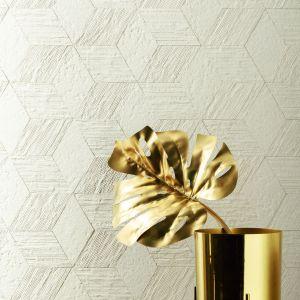 Mozaiki z kolekcji House of Tones marki Tubądzin tworzą niezwykle popularny wzór chevronu. Fot. Tubądzin