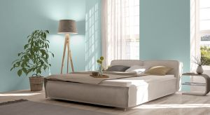 Jednym z głównych wyznaczników stylu skandynawskiego jest minimalizm. Aby osiągnąć taki efekt we wnętrzu wystarczy zastosować odpowiednie kolory ścian.