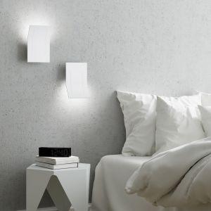 Nowoczesne oświetlenie - modne kinkiety. Fot. AQForm