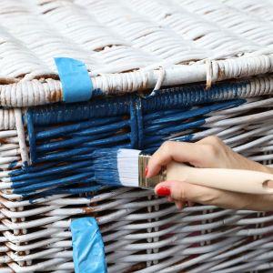 Aranżacja balkonu w greckim klimacie. Fot. Bondex