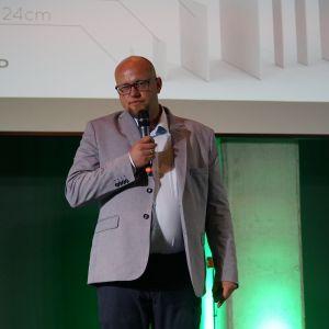 Prezentacja Partnera Głównego - Artur Sieczka, firma Cerrad