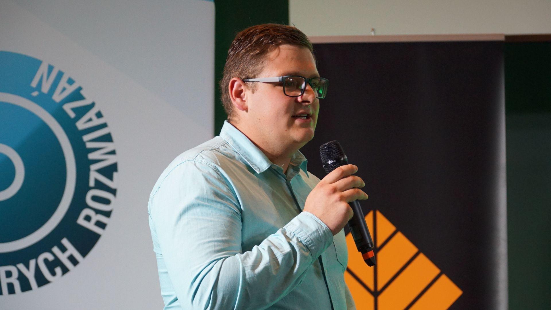Mateusz Krawczyk, 123 social