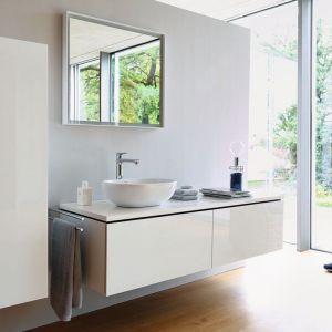 Meble łazienkowe z kolekcji L-Cube dostępne w ofercie firmy Duravit. Fot. Duravit