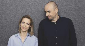 Najbardziej prestiżowa nagroda w dziedzinie wzornictwa - Red Dot Award, trafiła w tym roku do rąk Moniki i Adama Bronikowskich, twórców Grupy Projektowej HOLA. Projektanci będą gośćmi specjalnymi Studia Dobrych Rozwiązań w Warszawie. Już 26 wr