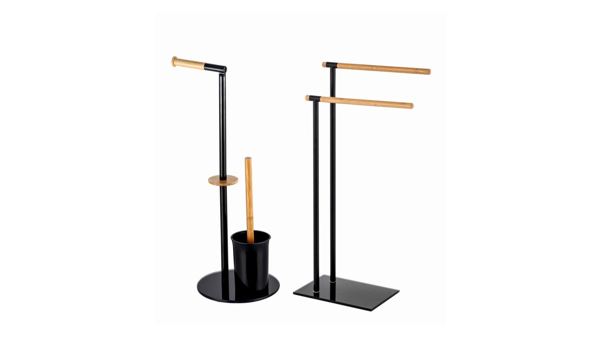 Stojaki Plain/Bisk. Produkt zgłoszony do konkursu Dobry Design 2019.