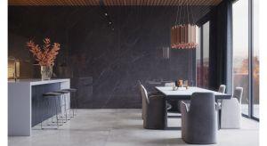 Kolekcja płyt gresowych, polerowanych w formacie 162x324cm. Niezwykła, nieco chłodna struktura materiału w połączeniu z głęboką czernią, stworzą zgrany duet z ciepłym, naturalnych drewnem. Produkt zgłoszony do konkursu Dobry Design 2019.