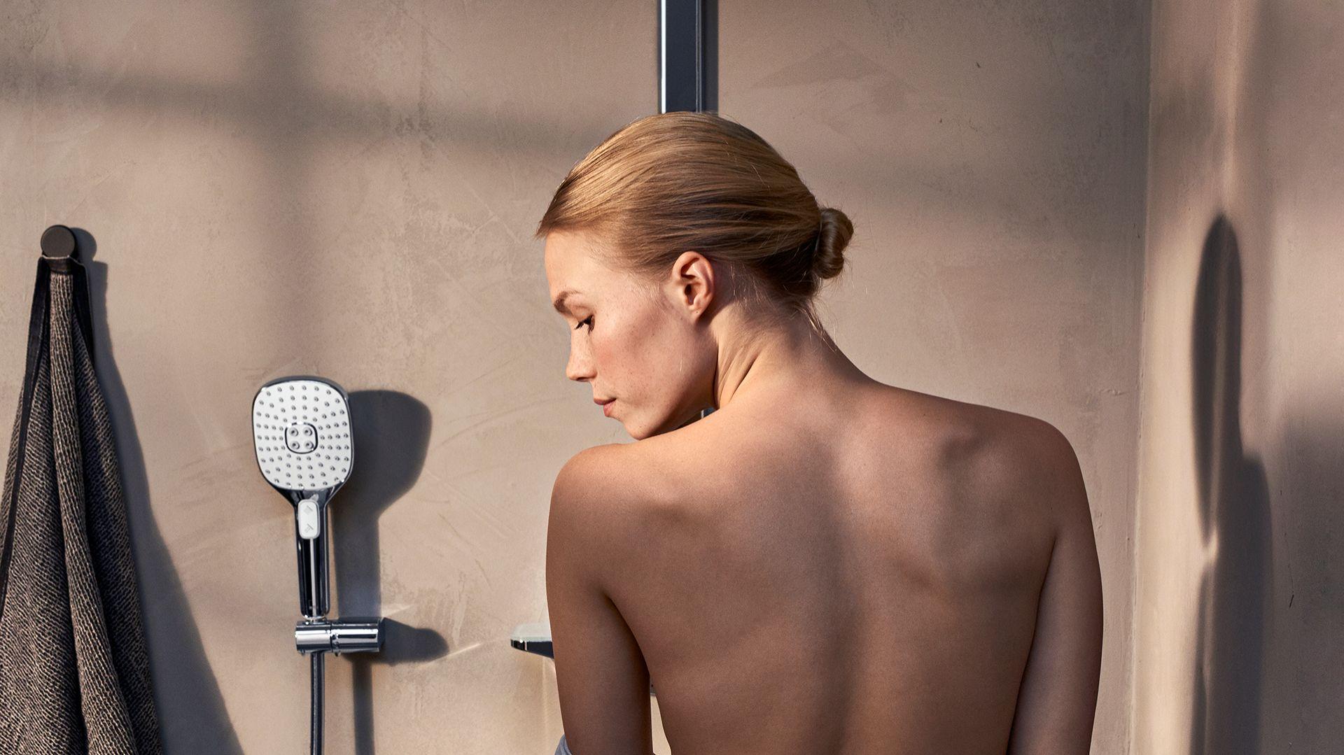 Strefa prysznica - nowy model rączki natrysku Hydractiva. Fot. Oras