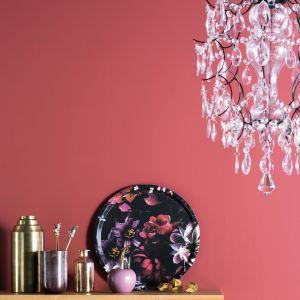 Skandynawskie wnętrze - pomysł na ścianę: farba Designer Collection, kolor Tango. Fot. Beckers