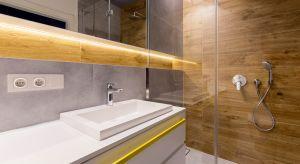 Urządzając łazienkę, powinniśmy pamiętać o paru ważnych rzeczach, które sprawią, że nasze pomieszczenie stanie się zarówno funkcjonalne, praktyczne, jak i bezpieczne.<br /><br />
