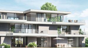 Prostota jest często kluczem do najlepszych rozwiązań architektonicznych. Zgodnie z tą zasadą powstały aluminiowe systemy przesuwne, które pozwalają na projektowanie niemal dowolnych układów przeszkleń.