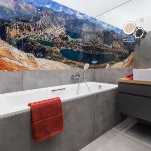 Ściany w łazience. Proj. Anna Krzak. Fot. Przemek Kuciński, www.niewformie.pl