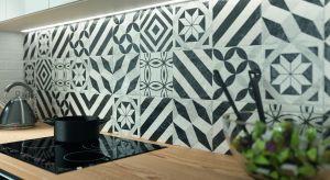 Kolekcja Modern to tradycyjna, rzemieślnicza ceramika i jej grafiki przeżywają swoją drugą młodość! Na niewielkim formacie 19,8x19,8 uwspółcześniono tradycyjne, marokańskie grafiki.Produkt zgłoszony do konkursu Dobry Design 2019.