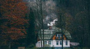 Już za kilka dni rozpocznie się astronomiczna jesień – to pierwszy sygnał dla właścicieli domów jednorodzinnych o rozpoczęciu sezonu grzewczego. Jakie prace powinniśmy wykonać, aby cieszyć się niezakłóconym ciepłem?