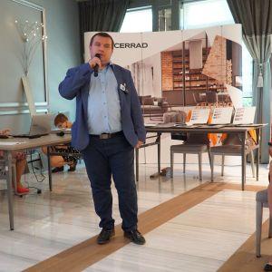 Rafał Gęstwa, przedstawiciel marki Polish Floors, którą można kupić w białostockim Studio La Casa