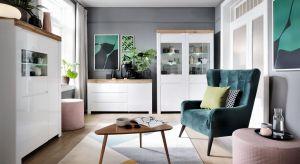 Holten to nowoczesna kolekcja eleganckich mebli z przeznaczeniem do pokoi dziennych. Zwróć uwagę, jak pięknie współgra ze sobą kolor bieli i okleina wiernie odzwierciedlająca barwę i rysunek naturalnego drewna dębowego. Produkt zgłoszony do kon