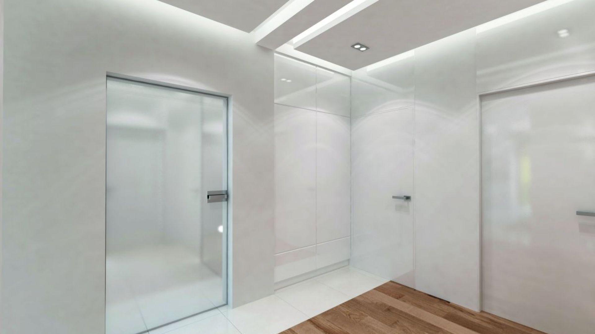 Szklane transparentne drzwi nadają przestrzeni lekkości. Fot. Biuro Projektów MTM Styl