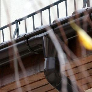 Przegląd dachu na jesień i zimę - praktyczne porady. Fot. Galeco