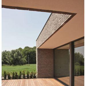 Ręcznie formowana cegła elewacyjna Iluzo/Wienerberger. Produkt zgłoszony do konkursu Dobry Design 2019.