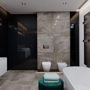 Beże i biel dominują w dużej łazience. Dom HomeKONCEPT 60. Opracowanie projektu i zdjęcia: Pracownia HomeKONCEPT