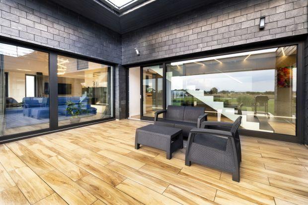 Drzwi tarasowe przesuwne – przestrzeń i wygoda