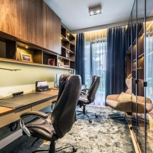 Rodzinny apartament na Saskiej Kępie - gabinet. Projekt: Viva Design. Fot. Dekorian Home