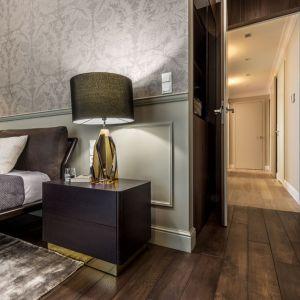 Rodzinny apartament na Saskiej Kępie - sypialnia gospodarzy. Projekt: Viva Design. Fot. Dekorian Home