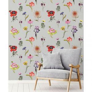 Piękny kwiatowy wzór wyrósł na tapecie z eleganckiej kolekcji tapet ściennych Fardis Muraspec zainspirowanej mitycznym światem Shangri La. Fot. Muraspec