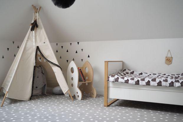 Z czym kojarzy nam się dom oraz jak go urządzić, aby był bardziej przytulny? Przeprowadzone na zlecenie sieci sklepów Komfort i producentów wykładzin badania pokazały, że dlaPolaków ważne jest przede wszystkim to, co tworzy atmosferę pomiesz