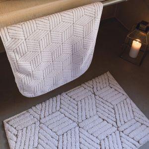 Kolekcja luksusowych tekstyliów łazienkowych Graccioza/Sorema. Produkt zgłoszony do konkursu Dobry Design 2019.