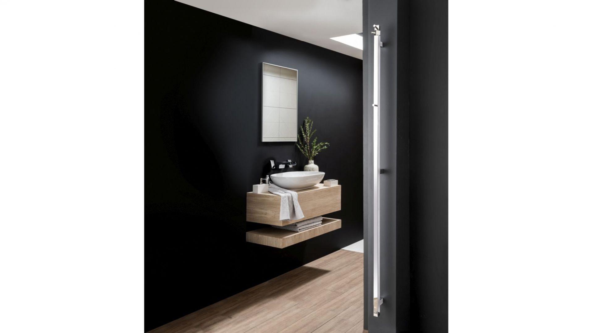 EL045 Simplicity II Square/Vogue UK. Produkt zgłoszony do konkursu Dobry Design 2019.