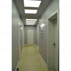 Tymczasem pomieszczenia można łączyć lub dzielić… w zasadzie ogranicza nas tylko perforacja ścian zewnętrznych. Fot. Studio BB Architekci