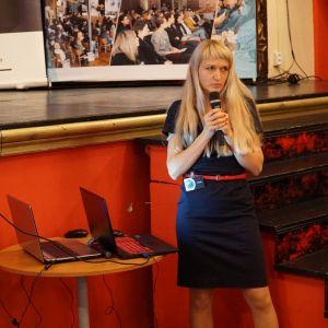 Małgorzata Kubaszewska reprezentująca firmę CAD Projekt K&A
