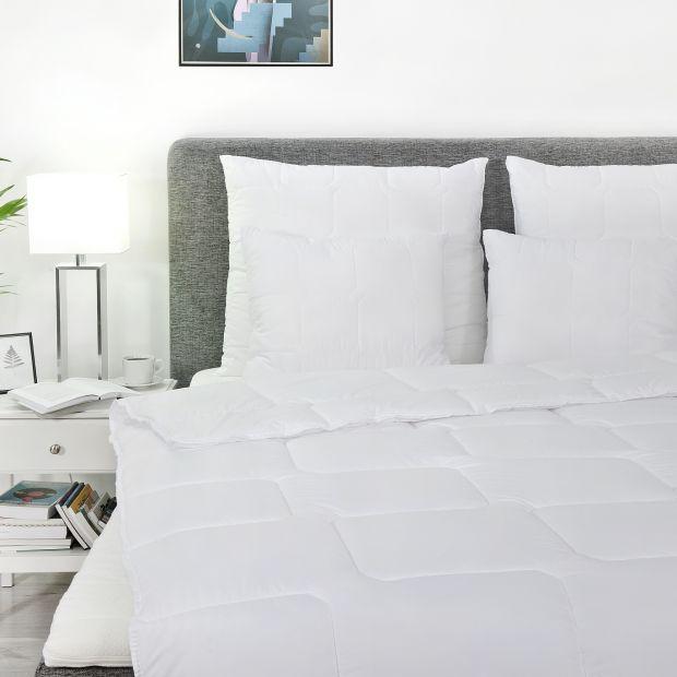 Nowoczesna kołdra i poduszka: idealne dla alergika
