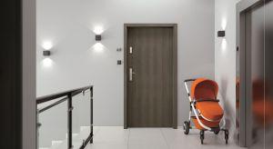 Urządzając dom lub mieszkanie warto zawczasu pomyśleć o zabezpieczeniu go przed niechcianymi gośćmi, wybierając drzwi odporne na włamywaczy.