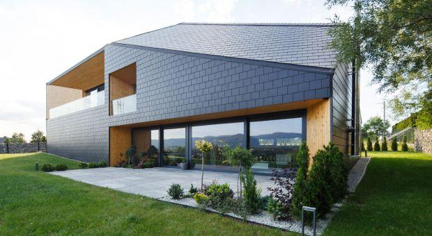 Dom na zboczu góry - wyjątkowy projekt wpisany w krajobraz