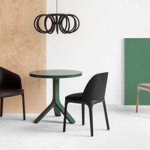 Krzesło i fotel Arch. Projekt: Pawlak&Stawarski. Fot. Weronika Trojanowska
