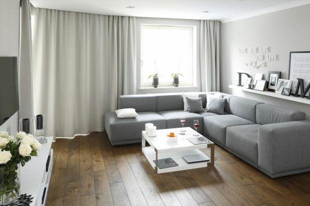 Narożnik w salonie: 15 pomysłów z polskich domów