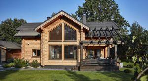 Z bala, szkieletowy (prefabrykowanym lub budowanym w stylu amerykańskim) lubw technologii ryglowej. Myślicie o domu drewnianym? To na początek czeka was wybranietechnologii, w które budynek zostanie wzniesiony.