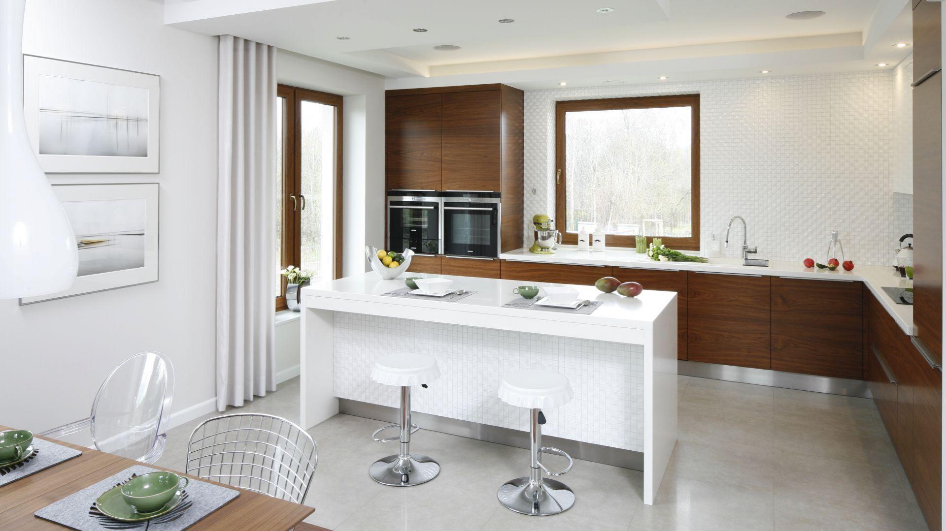 wyspa-w-kuchni-20-gotowych-projektow-15.jpg