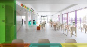 Laminowane panele podłogowe zostały wynalezione przez firmę Pergo ponad trzydzieści pięć lat temu. Dziś marka ta jest symbolem pięknych, praktycznych podłóg. Miło nam powitaćPergo jako Partnera Głównego Forum Dobrego Designu 2018.