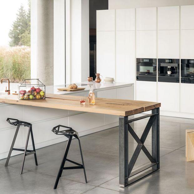 Biała kuchnia - zobacz wnętrze z charakterem