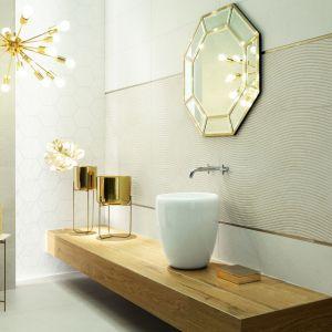Nowoczesna łazienka - elementy w kolorze złota - kolekcja Balance. Fot. Tubądzin