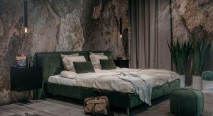 Łóżko to podstawowy element wyposażenia każdej sypialni. Na rynku odnajdziemy wiele modeli, które różnią się nie tylko ceną, ale też wzornictwem, rodzajem materiałem, a przede wszystkim jakością wykonania.