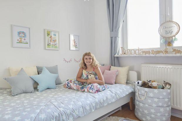 Kompaktowy pokój Jagody, córki Moniki Mrozowskiej