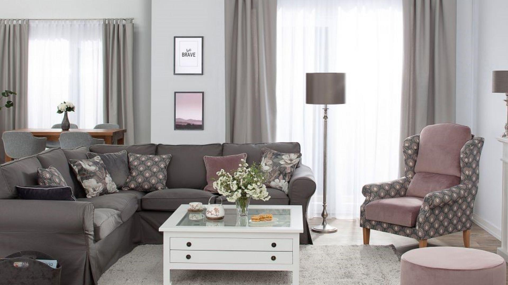 Pokrowiec na sofę, kolekcja Cotton Panama. Fot. Dekoria.pl