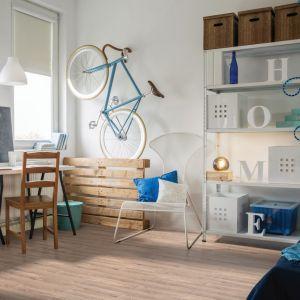 Mieszkanie urządzone z myślą o najmłodszych. Podłoga Extreme 4V Dąb Mex. Fot. RuckZuck