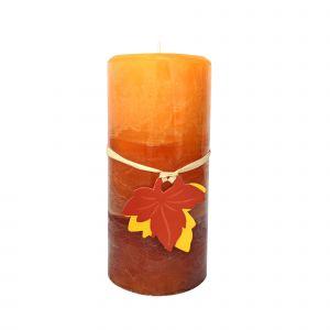 Klimatyczna aranżacja wnętrza na jesień i zimę - wykorzystujemy świece. Fot. KiK